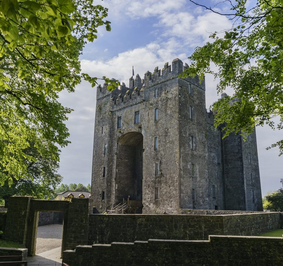 Bunratty Castle and Bunratty Folk Park